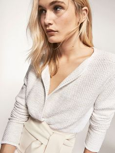 Spring summer 2017 Women´s EMBELLISHED TWO-TONE CARDIGAN at Massimo Dutti for 74.95. Effortless elegance!