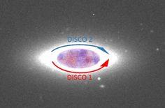 Grazie a osservazioni condotte dai telescopi cileni dell'Eso, si aggiunge un importante tassello al puzzle dei moti di peculiari dischi di stelle presenti in alcune galassie: i dischi controrotanti. Ne parliamo con Lorenzo Morelli, primo