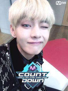 V ❤ BTS Mnet Mcountdown Selfie #BTS #방탄소년단
