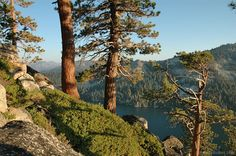 Filtered lake views of Lower Echo Lake. Flag Pole hike will give you these dramatic views of the Sierra Nevada Mountains and Echo Lakes.