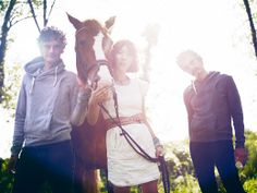 See Blonde Redhead pictures, photo shoots, and listen online to the latest music. Redhead Pictures, Blonde Redhead, Easy Listening, Latest Music, Music Bands, Redheads, Singer, Photoshoot, Film