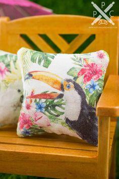 DOLLHOUSE Tiki Bar Sign Welcome to Paradise with Toucan Bird 1:12 Miniature