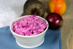 Rødbetsalat Dog Food Recipes, Healthy Recipes, Healthy Foods, Probiotic Foods, Icing, Raspberry, Food And Drink, Low Carb, Ice Cream