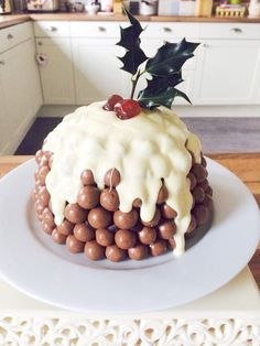 This Christmas Malteser Cake recipe is a fun and chocolatey modern version of a Christmas Pudding. This Christmas Malteser Cake recipe is a fun and chocolatey modern version of a Christmas Pudding. Xmas Food, Christmas Sweets, Christmas Cooking, Diy Christmas, Christmas Cakes, Christmas Decorations, Xmas Cakes, Party Food Xmas, Christmas Deserts For Kids