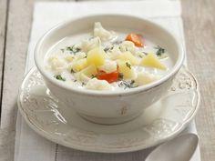 Cremige Blumenkohlsuppe mit Dill ist ein Rezept mit frischen Zutaten aus der Kategorie Blütengemüse. Probieren Sie dieses und weitere Rezepte von EAT SMARTER!