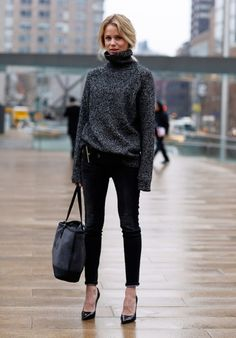 FALL | Skinny Jeans, Big Sweater | Covet Living