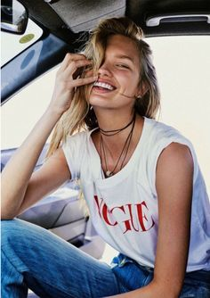 Beauty. La importancia de una bonita sonrisa. A trendy life. #beauty #sonrisa #smile #blanqueamientodental #helathcare #beautycare #fashionblogger #atrendylife www.atrendylifestyle.com