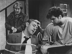 Terry Kinney, John Mahoney and Kevin Anderson opened the 1985 Steppenwolf Theatre Company Production of ORPHANS, under the encouraging eye of director Gary Sinise.