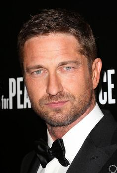 HQ Gerard Butler: Artists For Peace And Justice Hollywood Dominos GALA to benefit Haiti - February 21, 2013