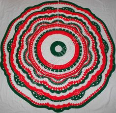 FREE!!!  CHRISTMAS TREE SKIRT!!!Ravelry: Holiday of Change pattern by Frank O'Randle