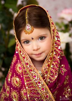 She's precious and beautiful. To me, all children are precious and beautiful. Precious Children, Beautiful Children, Beautiful Babies, Cute Outfits For Kids, Cute Kids, Cute Babies, Cool Baby, Baby Kind, Kids Around The World