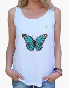 Camiseta Mariposa azul clara Camiseta mujer tirantes anchos & Loose Fit  19,90 € - ¡Envío gratis a partir de 3 artículos!