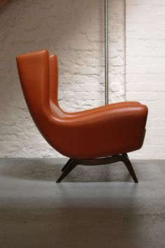 Intersting corner chair - Lounge Chair by Illum Wikkelso
