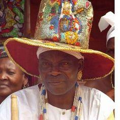 Je suis le maître marabout medium voyant DAGBO,reconnu partout dans le monde. Hats, Europe, Single Life, Love Story, Africa, Hat, Hipster Hat