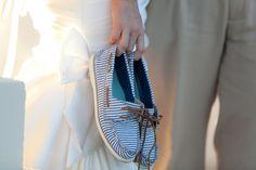 gorgeous DIY sailboat wedding / Jessica Connery Photography / Borrowed & Bleu
