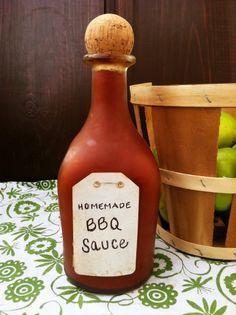 the best homemade healthy bbq sauce: tomato sauce, tomato paste, red wine vinegar, applesauce, raw honey, molasses, butter/ghee, liquid smoke, garlic, onion & chili powders, smoked paprika, cinnamon & cayenne (try w/ blackstrap molasses)