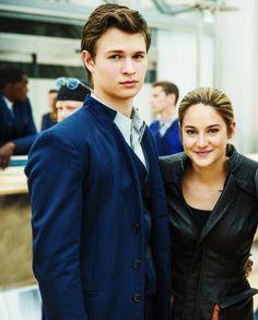 Ansel Elgort and Shailene Woodley #Divergent