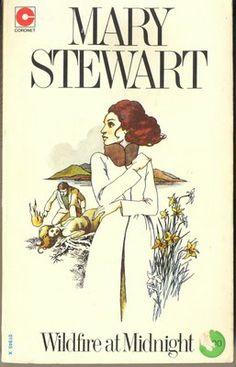 Mary Stewart Wildfire at Midnight