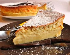 Gâteau magique à la vanille - English translation at this website… Easy Pie Recipes, Sweet Recipes, Dessert Recipes, Cooking Recipes, Cupcakes, Cupcake Cakes, French Desserts, Breakfast Dessert, Homemade Cakes