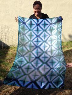 SHIBORI WORKSHOP-->  An amazing precise pattern by Kat.