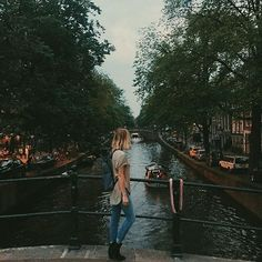 pic of Amsterdam. by zoelaz