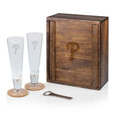 Picnic Time Philadelphia Phillies Pilsner Beer Gift Set, Brown