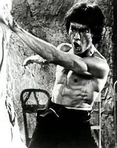 """Bruce Lee believed that as a warrior and as a person, one should never """"get set into one form"""". The Bruce Lee workout"""