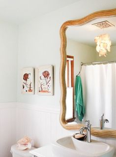 Before & After: Dana's Darling DIY Cottage Bathroom Update