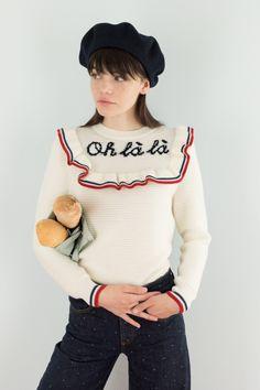 Maglione bianco ricamato in lana