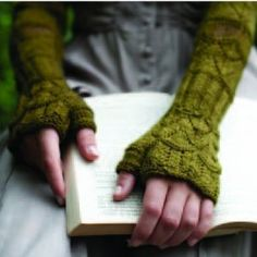 """Kensington Mitts Kit - priced at $25.00. """"Annie Modesitt's """"Kensington Mitts"""" are a stunning fingerless, elbow length glove inspired by the gardens at Kensington Palace."""""""