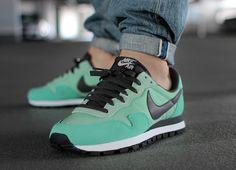 Nike Air Pegasus 83 Enamel Green