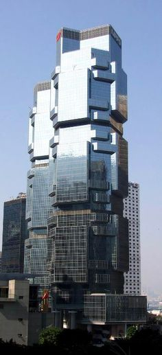 """Hong Kong: """"Lippo Centre"""" boasts a pair of identical skyscrapers that were designed by Australian architect Paul Rudolph and earned the nickname """"Kuala Trees"""", as their shape resembles Kuala Bears climbing a tree… 