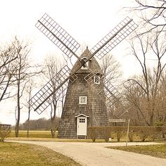 Windmill at Jamesport, Long Island, NY Tilting At Windmills, Old Windmills, Beautiful Places In America, Dutch People, Wind Mills, Long Island Ny, Land Of The Free, Le Moulin