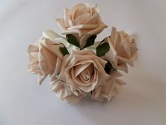 Posy for bridesmaids. Also available in other colours and designs. Can be personalised, please get in touch.