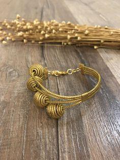 Golden Grass Little Spheres Bracelet