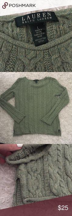 Lauren Cable sweater Laurent Ralph Lauren. Cable long-sleeve sweater. Green. In great condition! Comment any questions below :) Lauren Ralph Lauren Sweaters Crew & Scoop Necks