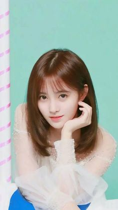 Ulzzang Hair, Korean Short Hair, Prettiest Actresses, Uzzlang Girl, Cute Korean Girl, Cute Celebrities, Chinese Actress, Beauty Full Girl, Beautiful Asian Girls