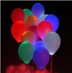 Glowing Balloons - DIY Balloon Decorations Visit & Like our Facebook page! https://www.facebook.com/pages/Rustic-Farmhouse-Decor/636679889706127