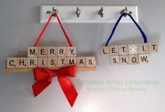 Scrabble Letter Crafts, Scrabble Coasters, Scrabble Ornaments, Scrabble Tile Crafts, Scrabble Art, Scrabble Letters, Christmas Fair Ideas, Christmas Tree Art, Christmas Craft Projects