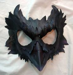 Made to Order -- Mormont's Raven Leather Cosplay Mask, Game of Thrones Inspired from PlatyMorph on Etsy. Saved to Masquerade. Raven Mask, Crow Mask, Crow Costume, Bird Masks, Game Of Thrones, Crows Ravens, Leather Mask, Leather Jacket, Venetian Masks