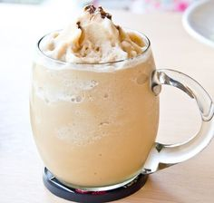 Healthy Low Carb Iced Coffee Protein Shake Recipe Healthy Iced Coffee, Iced Coffee Protein Shake Recipe, Keto Coffee Recipe, Coffee Shake, Coffee Recipes, Coffee Coffee, Coffee Break, Healthy Drinks, Morning Coffee