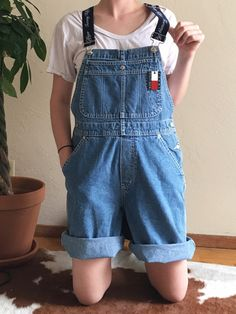 5f2339ee173 You CAN Wear Shorts Overalls and Not Look Like a Kindergartner