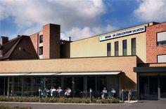 jn tweede studentenjob heb ik in het 'Woon en zorgcentrum Salvator' (Hasselt) gedaan. Hier moest een een maand lang de kamers van de bewoners onderhouden.