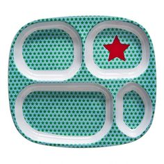 Gwiazdorski talerz cztery przegródkiTalerz z melaminy. W gwiazdeczki. Z przegródkami. Można myć w zmywarce. Wymiary: 25 cm x 22 cm