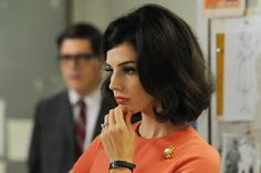Hair envy: Jessica Pare in Mad Men Jessica Pare, Vintage Hairstyles, Hairstyles Haircuts, Pretty Hairstyles, Short Haircuts, Mad Men Mode, Mad Men Hair, Big Wavy Hair, Wavy Hairstyles