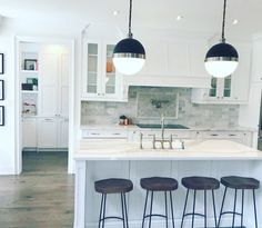 How to completely change your kitchen, white kitchen remodel, decorating kitchen
