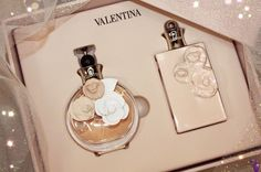 There is no better gift than the gift of #Valentino. This Valentina gift set is perfect for the fragrance lover who is obsessed with floral notes. It includes white floral, vanilla, sweet and citrus notes!