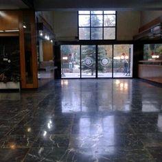 دانشکده مهندسی مواد و متالورژی دانشگاه تهران Photo by: Maryam Azadeh