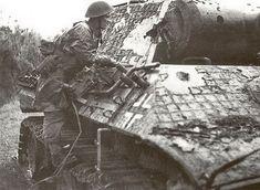 Panther Ausf A du 1 Battalion du 130 Panzer Lehr Regiment détruit à Tilly sur Seulles
