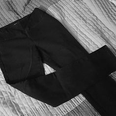 Black jeggings Black stretchy jeggings. I wore them casual, dressy at the beginning of my pregnancy.  Very comfortable with elastic waist band. Pants Skinny